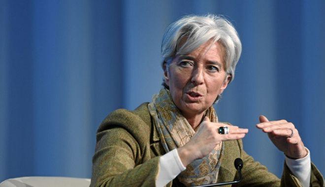 Στις χώρες με ενδεχόμενο πολιτικό αδιέξοδο η Ελλάδα, λέει το ΔΝΤ