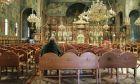 Κορονοϊός: Τηρούνται τα μέτρα στις εκκλησίες - Λίγοι πολίτες για ατομική προσευχή