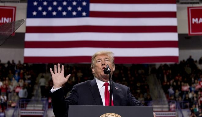 Ο Αμερικανός πρόεδρος Ντόναλντ Τραμπ σε ομιλία του στο Ουισκόνσιν