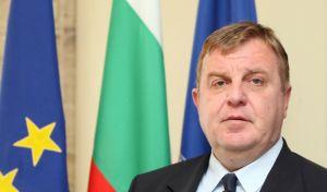 Ο Βούλγαρος υπουργός Άμυνας ζητά το ΝΑΤΟ σε Ελλάδα και Ιταλία να πυροβολεί τους μετανάστες