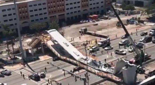ΗΠΑ: Κατέρρευσε γέφυρα στο Μαϊάμι