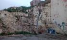 Στο κενό από ύψος  έξι μέτρων σε σημείο της Πύλης της Άμμου, έπεσε ένα αγόρι έντεκα χρόνων