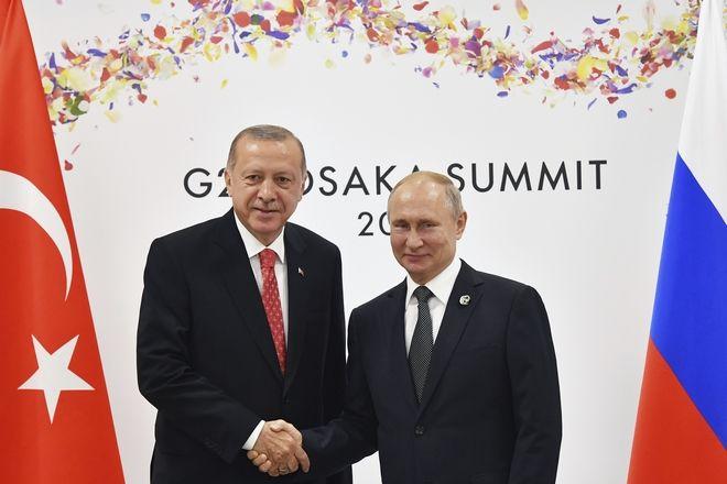 Βλαντίμιρ Πούτιν και Ταγίπ Ερντογάν στη σύνοδο G20 στην Ιαπωνία
