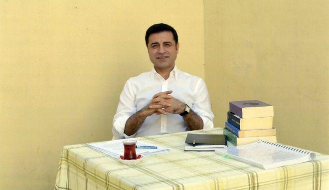 Απορρίφθηκε αίτημα αποφυλάκισης του υποψηφίου του κουρδικού κόμματος HDP