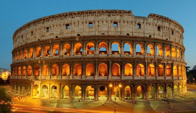 Η ιταλική κυβέρνηση αναζητά 'σούπερ μάνατζερ' για το Κολοσσαίο