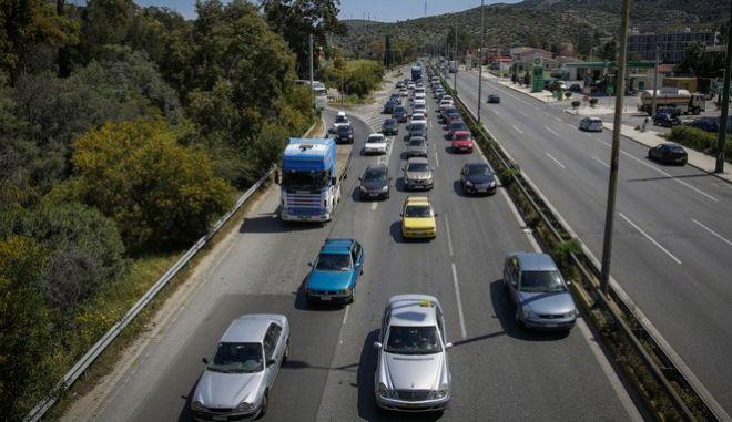 Παράταση για τα διπλώματα οδηγών άνω των 74 ετών