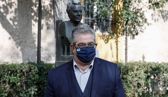 Κατάθεση στεφάνου από τον ΓΓ της ΚΕ του ΚΚΕ Δημήτρη Κουτσούμπα για την επέτειο του Πολυτεχνείου