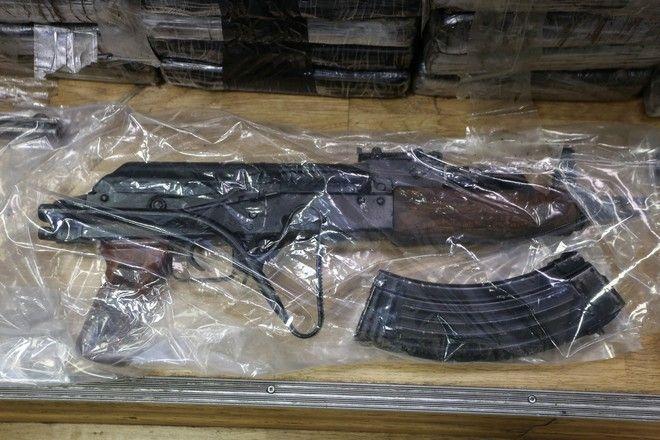 Τα ευρήματα σε οίκημα στον Αστακό Αιτωλοακαρνανίας όπου εντοπίστηκαν πάνω από 1.2 τόνων κοκαϊνής