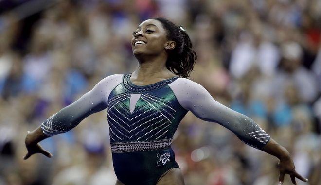 Η Ολυμπιονίκης της ενόργανης γυμναστικής Σιμόν Μπάιλς