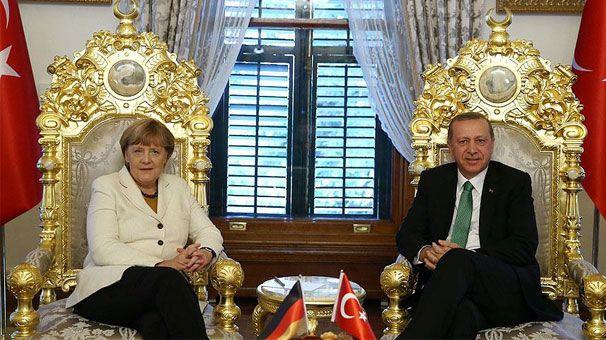 Γιατί δεν υπήρχε σημαία της Ελλάδας στη συνάντηση Τσίπρα - Ερντογάν