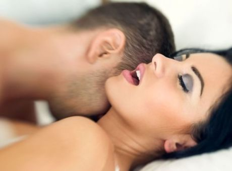 db5b8d2caa Σεξ  6 περίεργα πράγματα που ανάβουν τους άντρες στο κρεβάτι - Υγεία ...