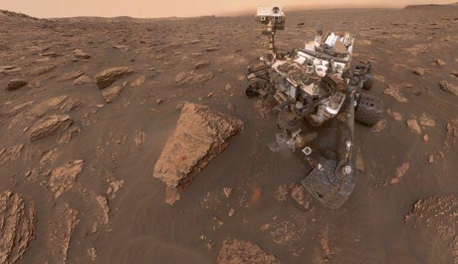 Το Curiosity συνεχίζει τις... βόλτες στον κόκκινο πλανήτη