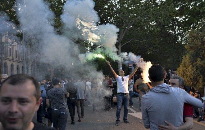 Μπαράζ διαδηλώσεων στην Αρμενία - Φωτογραφία από τις χθεσινές κινητοποιήσεις