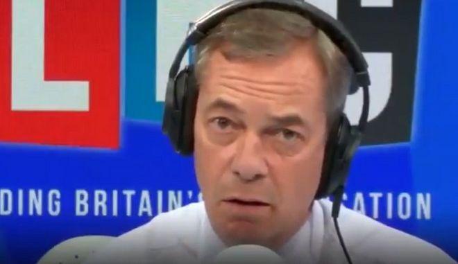 Επικό τρολάρισμα! Ακροατής τρελαίνει Φάρατζ για το Brexit