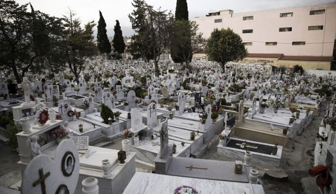 Funeral of the Greek popular actor Andrea Barkoulis, in Athens, Greece on August 25, 2016. /         ,   25  2016.