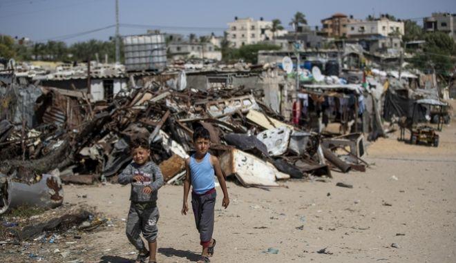 Δύο αγόρια στη της Γάζας