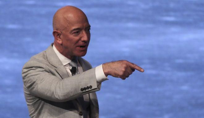Τζεφ Μπέζος, ιδρυτής της Amazon