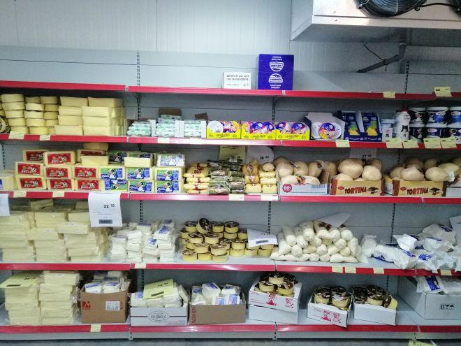 Ψυγείο της αλυσίδας σούπερ μάρκετ Mere στην Ρουμανία