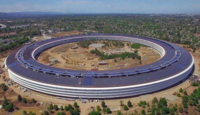 Βίντεο από drone αποκαλύπτει λεπτομέρειες του Apple Park