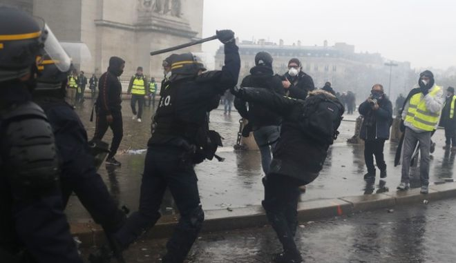 Eπεισόδια στο Παρίσι το Σάββατο