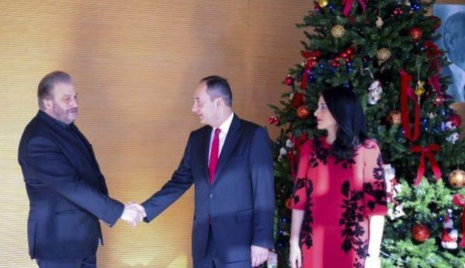 Τα Κάλαντα στον πρόεδρο της ΝΔ έψαλε ο Όμιλος Βρακοφόρων Κρήτης