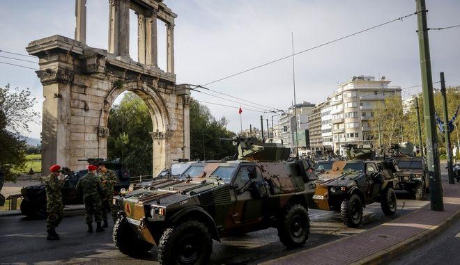 Η στρατιωτική παρέλαση για την επέτειο της 25ης Μαρτίου 1821 στην Αθήνα