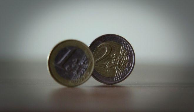 Κέρματα του ενός και των δύο ευρώ
