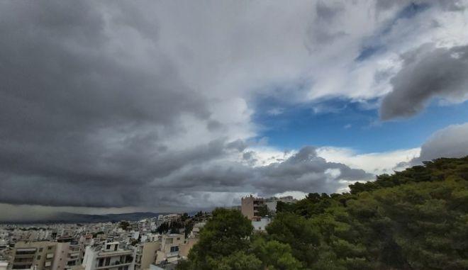 Καταιγίδα στην ΑΘήνα την Τετάρτη 28 Οκτωβρίου 2020. (EUROKINISSI/ΑΛΕΞΗΣ ΣΠΥΡΟΠΟΥΛΟΣ)