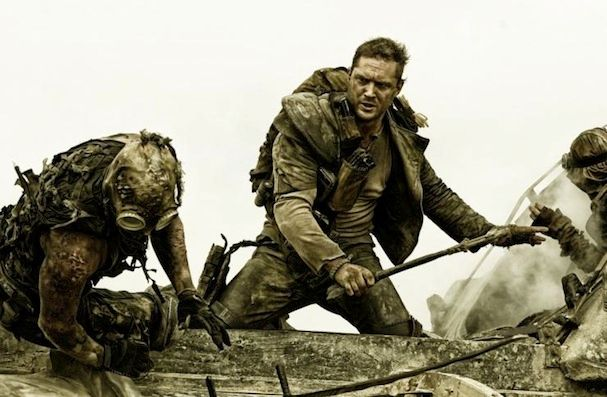 Δώσε τρέλα! Νέο, αποκλειστικό και υποτιτλισμένο στα ελληνικά τρέιλερ για το 'Mad Max: Fury Road'