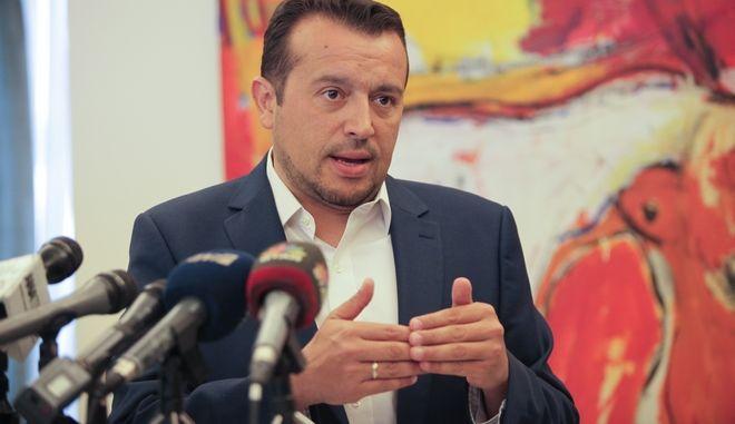 Συνάντηση του Υπουργού παιδείας Κωστα Γαβρόγλου και του Υπουργού ψηφιακής πολιτικής Νίκου Παππά,για την ανακοίνωση του προυπολογισμού τοποθέτησης οπτικών ινών σε ΑΕΙ και ΤΕΙ,Τετάρτη 6 Σεπτεμβρίου 2017 (EUROKINISSI/ΓΙΑΝΝΗΣ ΠΑΝΑΓΟΠΟΥΛΟΣ)