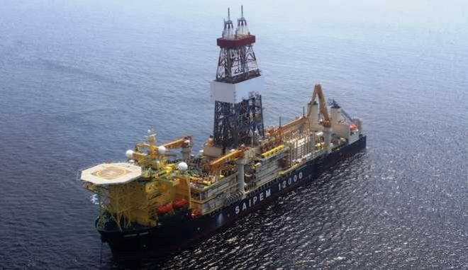 Πρόσφατη φωτογραφία από τις έρευνες που επιχείρησε να κάνει το γεωτρύπανο της ιταλικής ENI στην κυπριακή ΑΟΖ