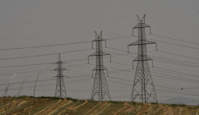 Ηλεκτροφόρα καλώδια υψηλής τάσης της ΔΕΗ