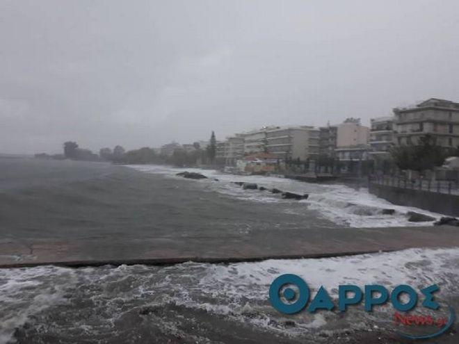Σαρώνει τη Μεσσηνία ο μεσογειακός κυκλώνας