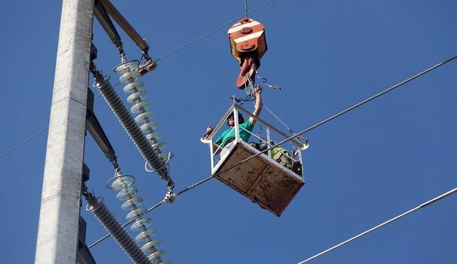 Χαλκιδική: Προτεραιότητα η αποκατάσταση της υψηλής τάσης ρεύματος