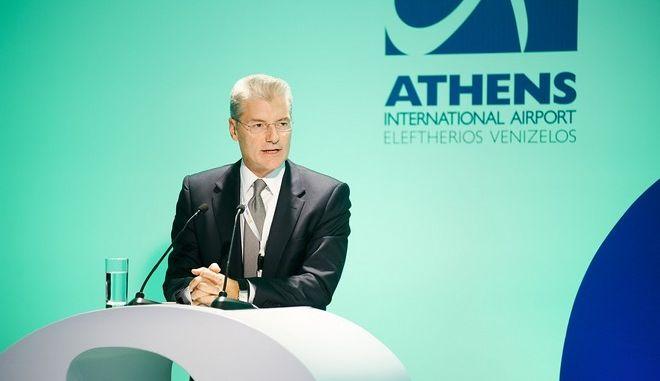 Το αεροδρόμιο της Αθήνας μπροστά στις διεθνείς εξελίξεις