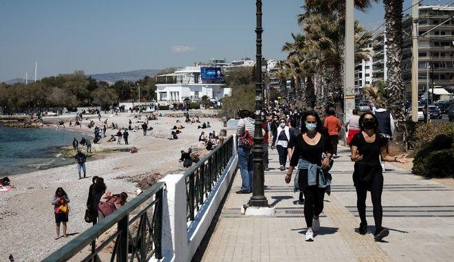 Εικόνα από το παραλιακό μέτωπο της Αθήνας σε καιρό κορονοϊού