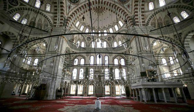 Εσωτερικό τζαμιού
