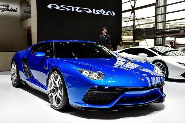 Lamborghini. Στην παραγωγή το Urus, το Asterion μένει ...στα συρτάρια