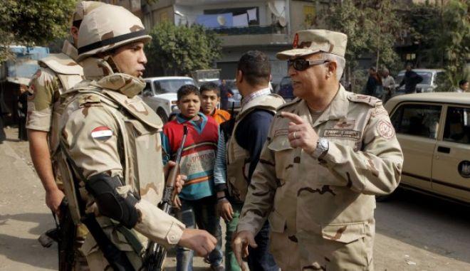 Ένταση στην Αίγυπτο τη δεύτερη μέρα του δημοψηφίσματος για το νέο σύνταγμα