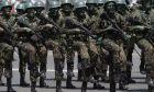 Στρατιώτες της Βραζιλίας παρελαύνουν στην Μπραζίλια τον Αύγουστο του 2019