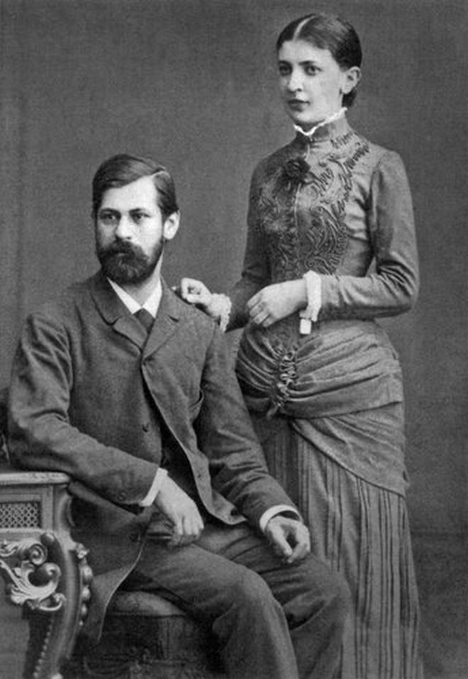 Μηχανή του Χρόνου: Το ερωτικό τρίγωνο του Φρόιντ με τη γυναίκα του και την αδερφή της