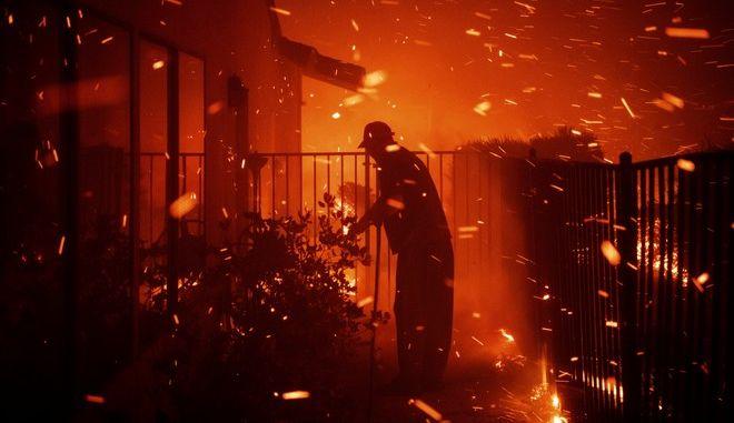 Εικόνα από φωτιά