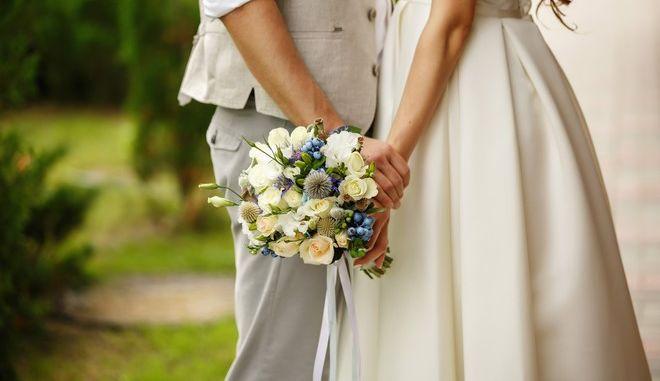 Εγκληματική οργάνωση κανόνιζε 'λευκούς γάμους' για νομιμοποίηση αλλοδαπών