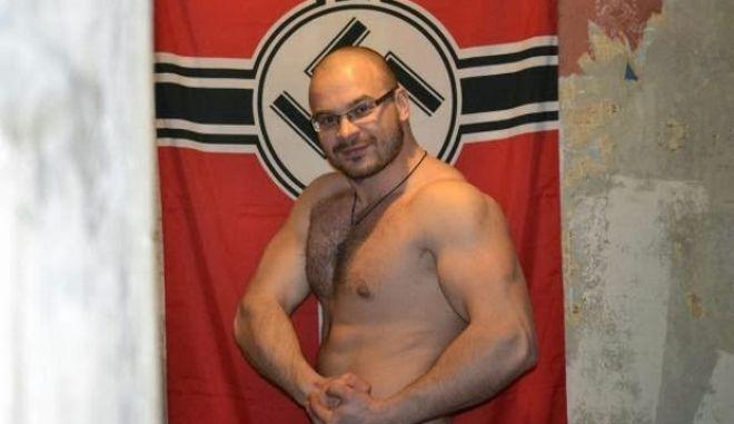 """Συνελήφθη στην Κούβα αρχηγός Ρώσων φασιστών, γνωστός και ως """"Μπαλτάς"""" που βασάνιζε ομοφυλόφιλους"""