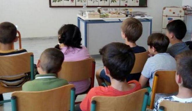 Ανακούφιση για τις οικογένειες 1500 παιδιών με τις παροχές της Περιφέρειας Στερεάς Ελλάδας