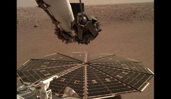 NASA-InSight: Για πρώτη φορά ακούσαμε και καταγράψαμε τον άνεμο στον Άρη