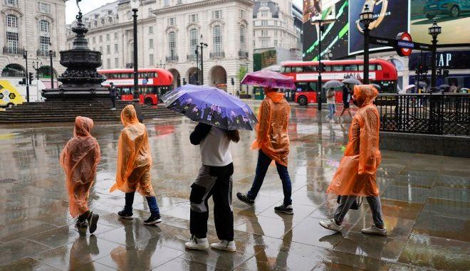 Βροχή στο Λονδίνο