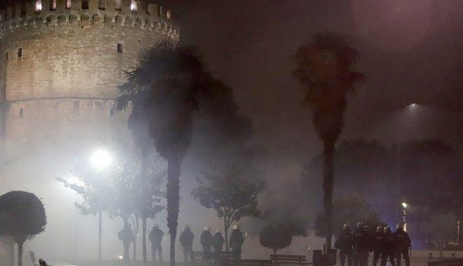 Ένταση και χημικά στη Θεσσαλονίκη