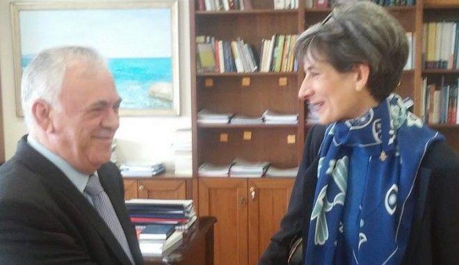 Με την Πρέσβη του Ηνωμένου Βασιλείου Kate Smith συναντήθηκε ο Γιάννης Δραγασάκης