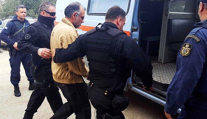"""Δίκη Γρηγορόπουλου: Το """"σφυροκόπημα"""" μάρτυρα και η παράκληση Κορκονέα στο δικαστήριο"""